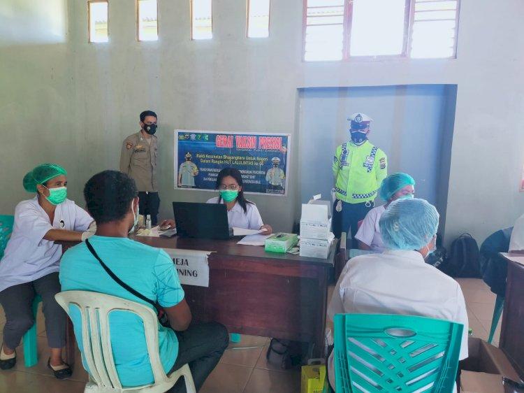 Menyongsong HUT Polisi Lalulintas Ke 66 Sat Lantas Polres Lembata Lakukan Pengamanan Dan Pemantauan Gerai Vaksin Presisi.